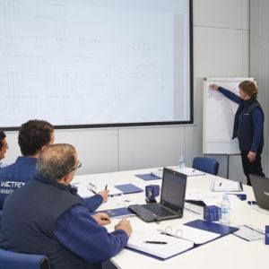 Ingeniería y desarrollo de proyectos de automatización industrial: diseño eléctrico, planificación y dimensionado detallados